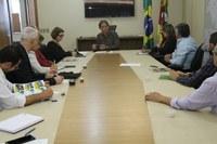 Ligação asfáltica entre Nova Roma do Sul e Antônio Prado é pauta do Parlamento na Secretaria de Transportes